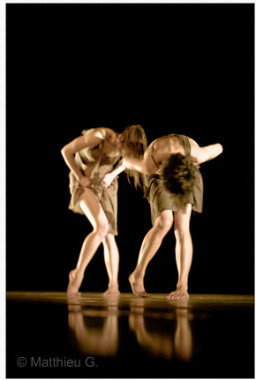Dance terms, Contemporary dancers, photo by Matthieu G