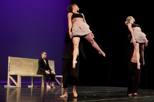 Dance Pictures: Surfscape Dance Theatre